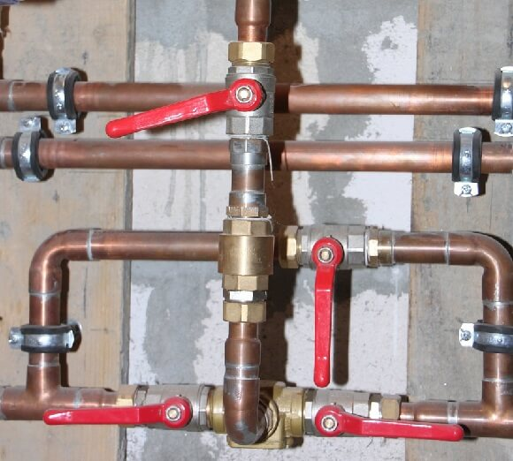 Easy Tips to Avoid Common Plumbing Problems in the Summer